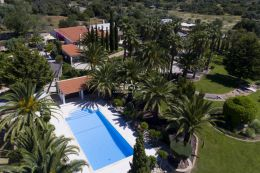 Beautiful villa with pool and mature landscaped garden near Loule